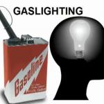 """Qu'est-ce que """"Gaslighting"""" et comment il est utilisé dans le harcèlement criminel organisé ?"""
